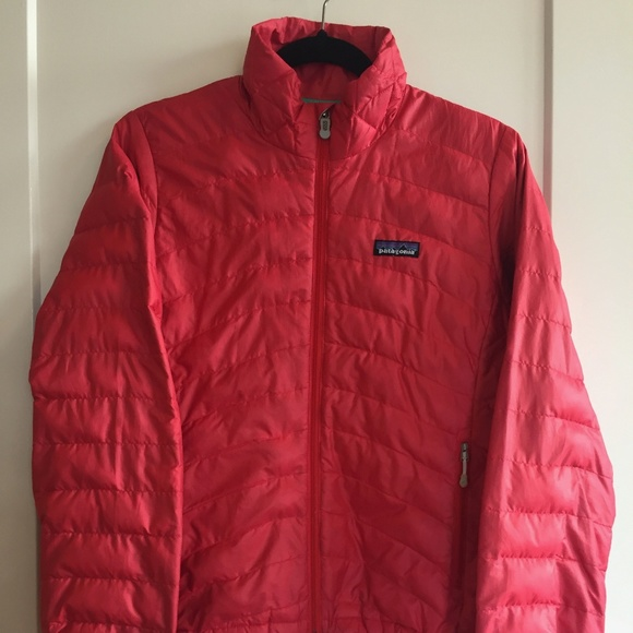 Patagonia Women's Down Sweater Jacket Tomato Red